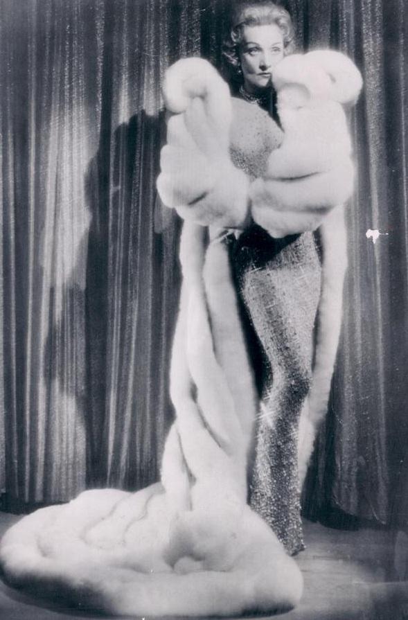 marlene dietrich jean louis 1957