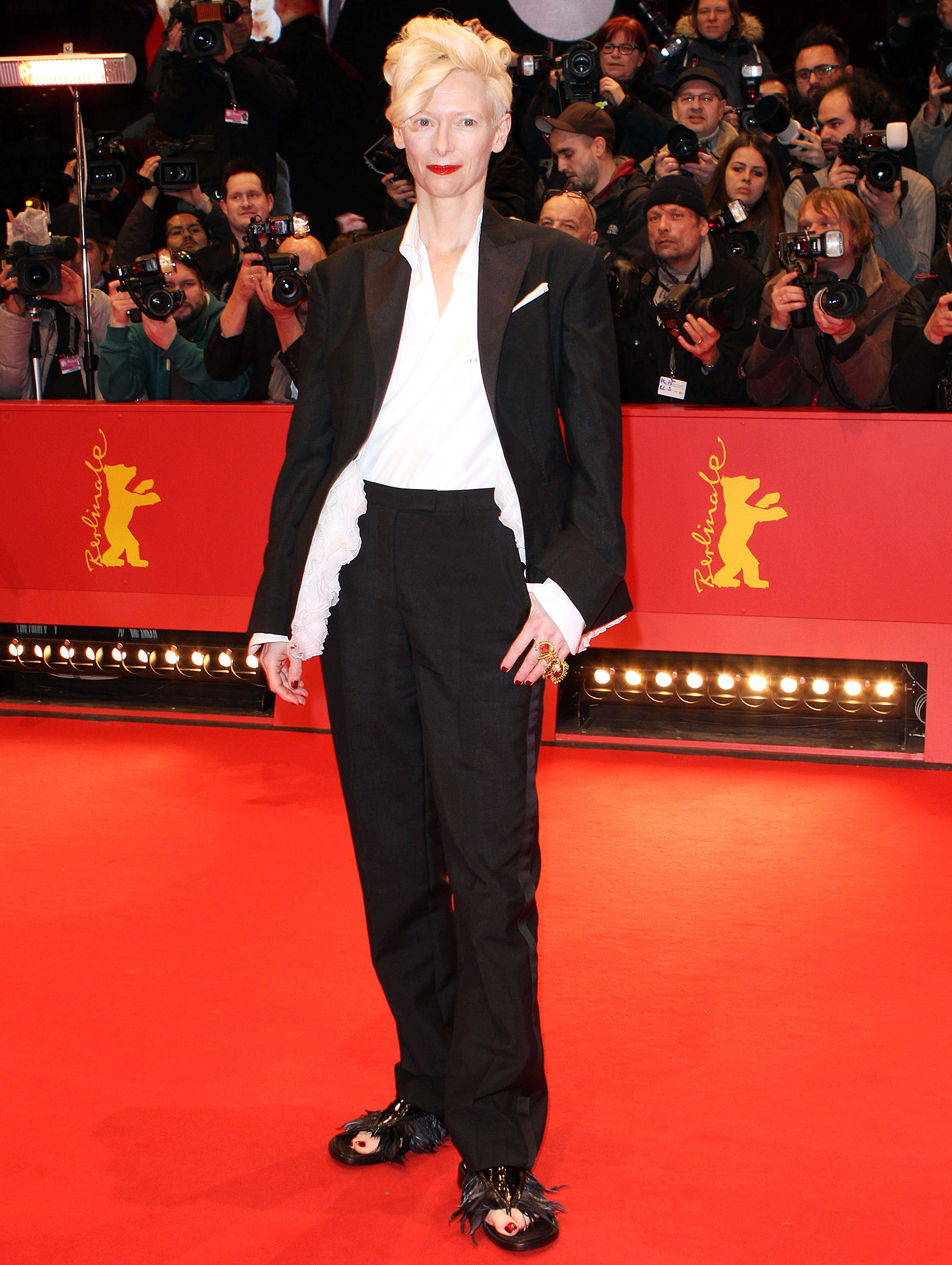 1391798991_tilda-swinton-zoom