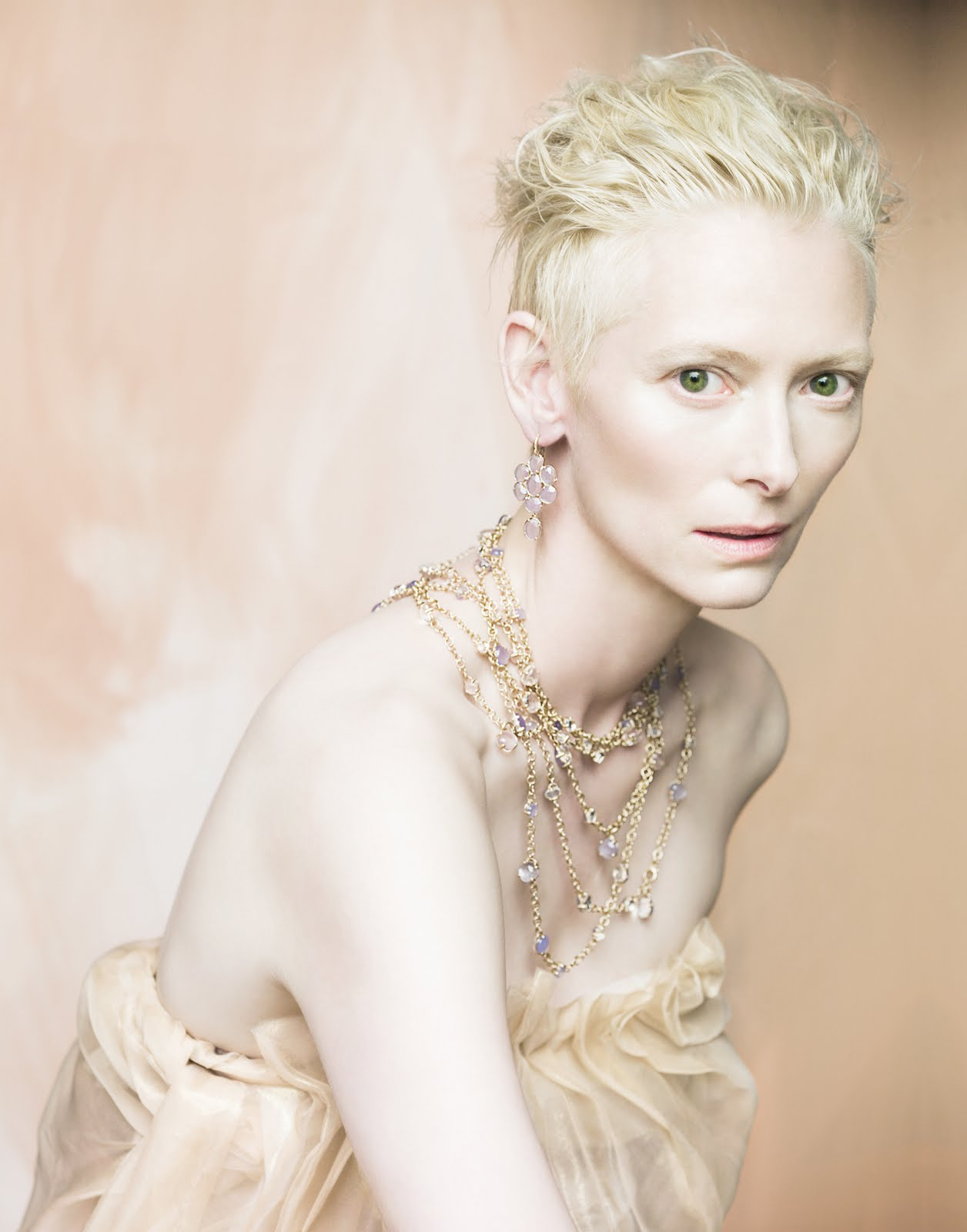 Tilda-Swinton-by-Paolo-Roversi